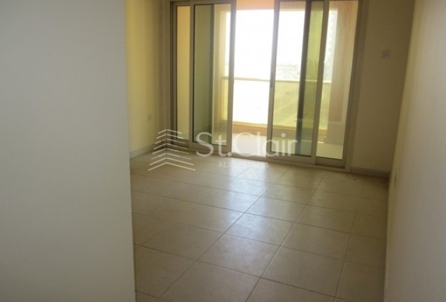 1 bedroom apartment to rent in saraya building, tecomst. clair
