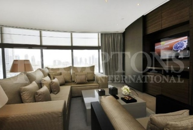 image of 2 bedroom apartment to rent in armani residence burj khalifa