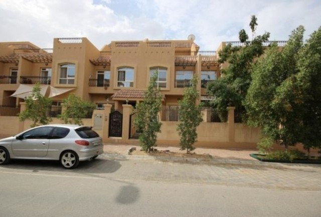 3 Bedroom Townhouse For Sale In Diamond Views 3 Diamond Views By Mufaddal Properties