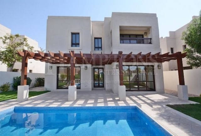 4 Bedroom Villa To Rent In Golf Course View Villas Dubai Creek Golf And Yacht Club Residences