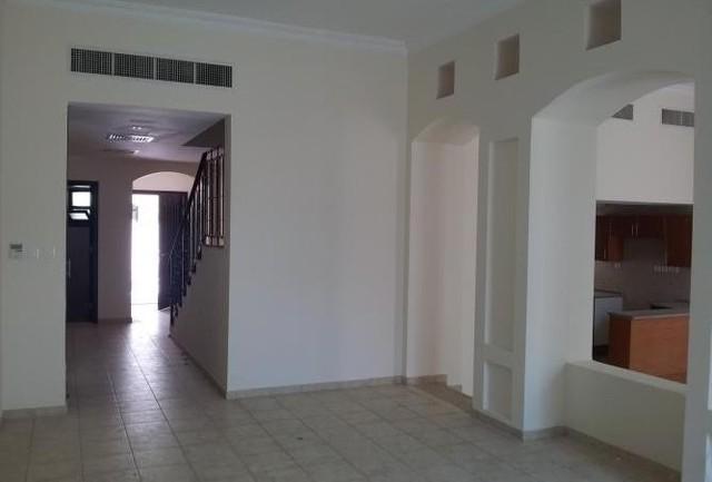 5 Bedroom Villa To Rent In Khalidiya Village Al Khalidiya By Pink Property Llc