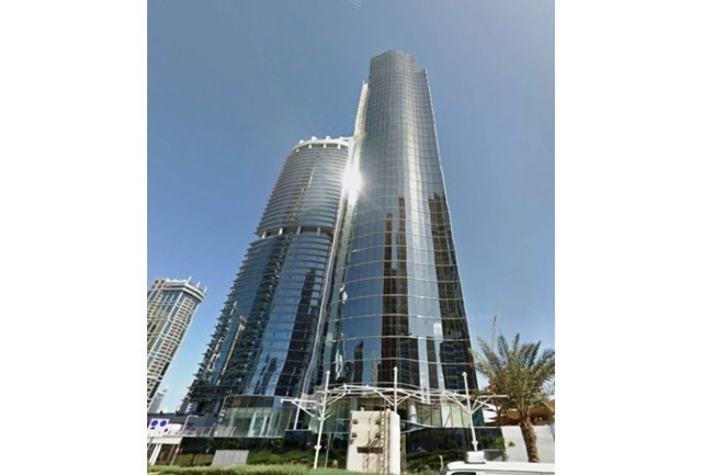 Office space to rent in silver tower ag tower lake for Silver towers leasing office