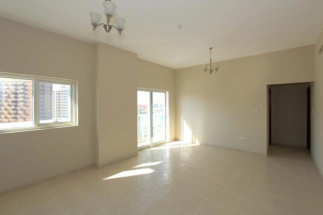 Image Of 2 Bedroom Apartment To Rent In Dubai Silicon Oasis Axis Residence At