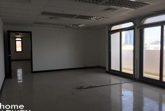 Full floor to rent