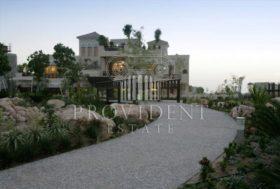 8 bedroom Villa to r...